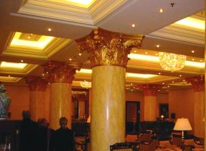 Réalisation des goulottes lumineuses et plafonds en forme de l'hôtel Ritz Carlton de Berli