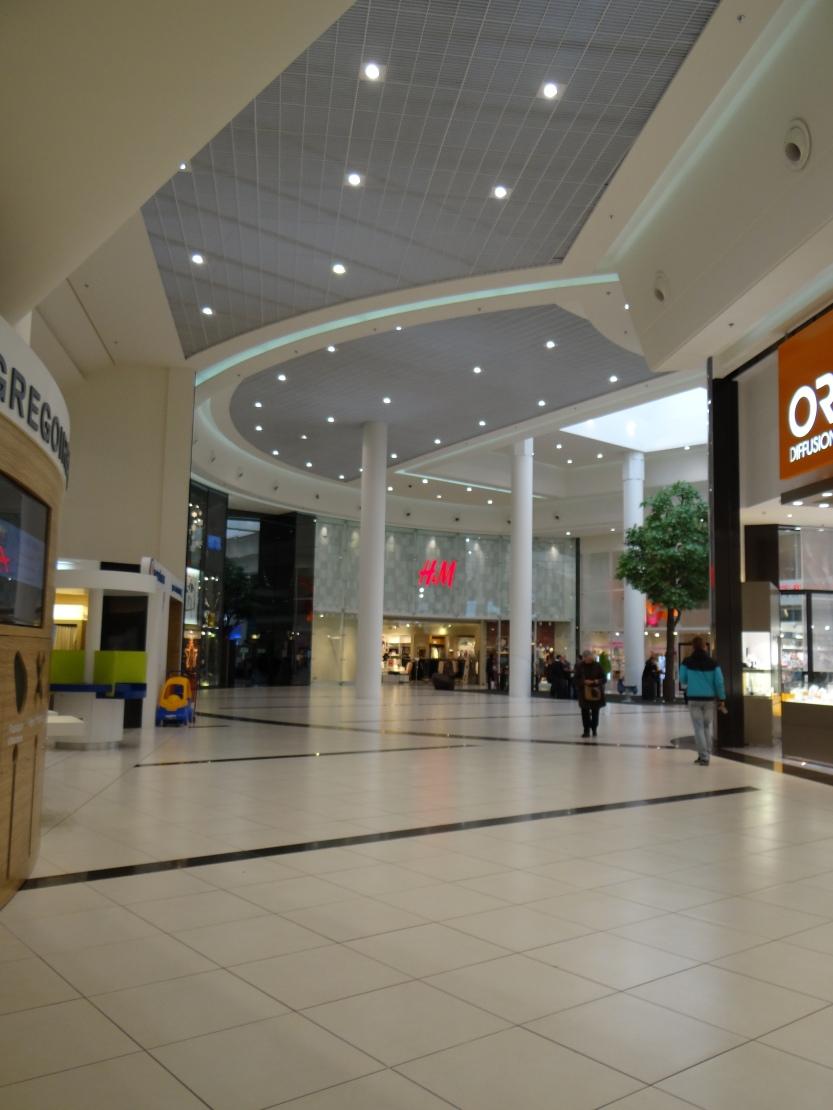 50 boutiques s'articulent autour d'un hyper !